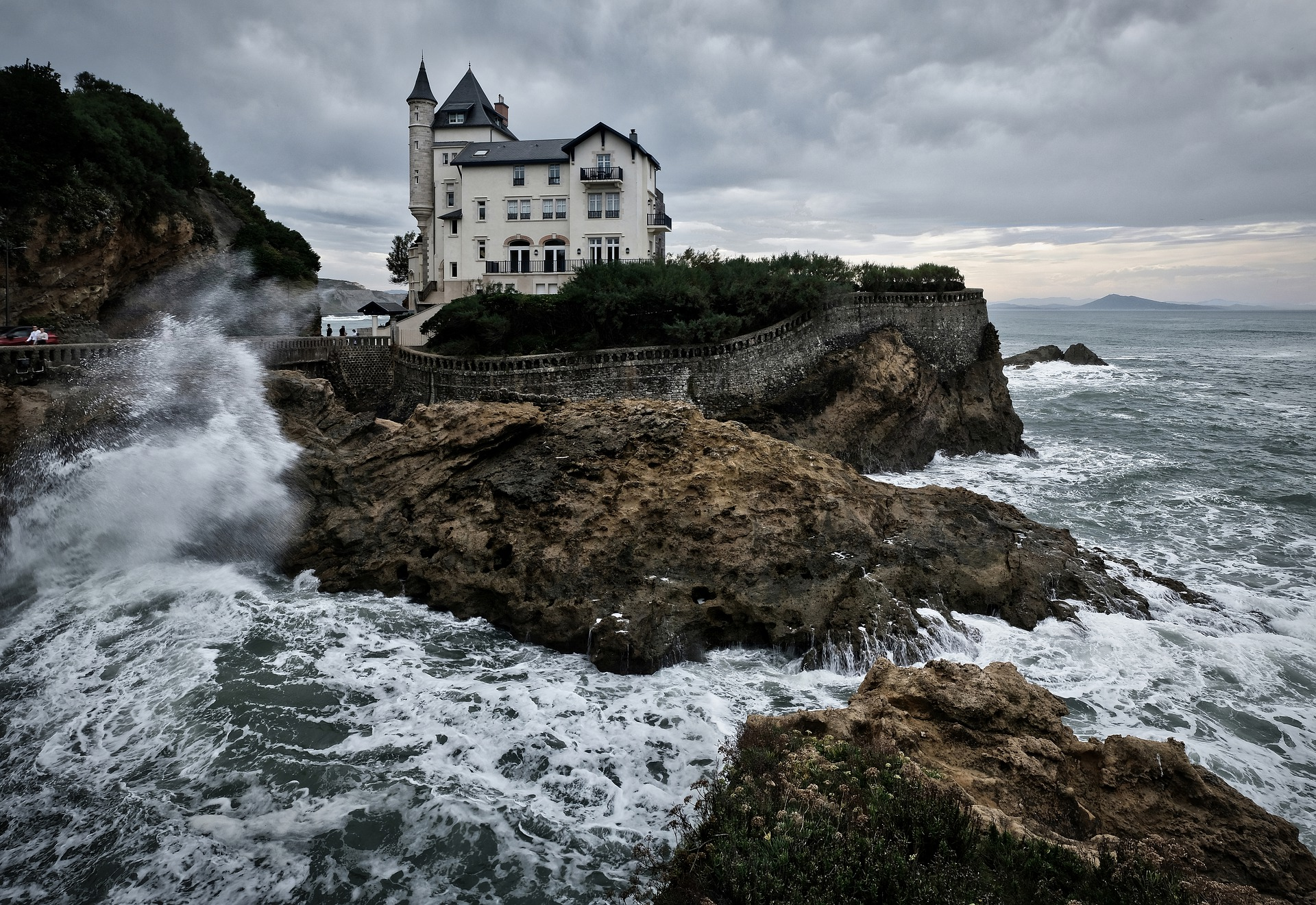 Learn French and enjoy Biarritz